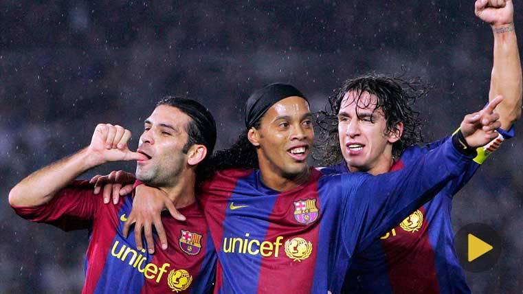 Ronaldinho, un hincha más del Barça este sábado
