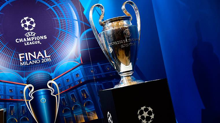 La UEFA confirma que la Champions cambia de horarios