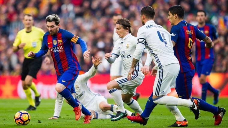 Leo Messi, contra el Real Madrid en el Clásico de Liga