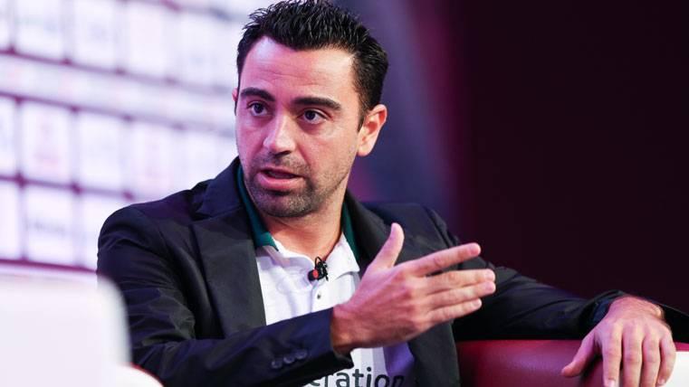 Xavi Hernández, durante una entrevista desde Qatar