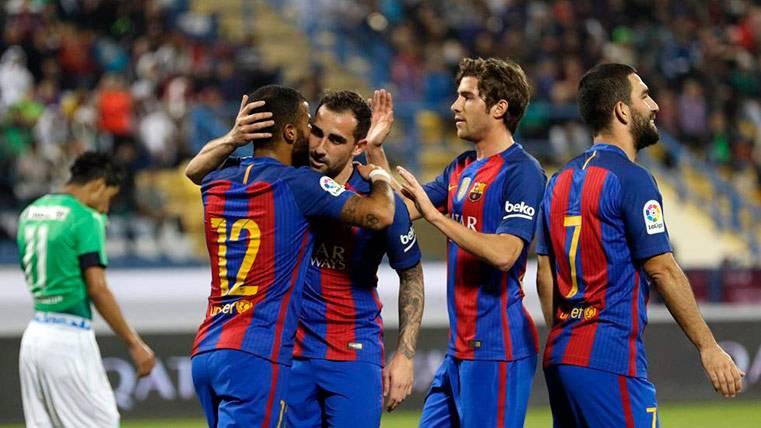 El banquillo del Barça estalló con el gol de Alcácer