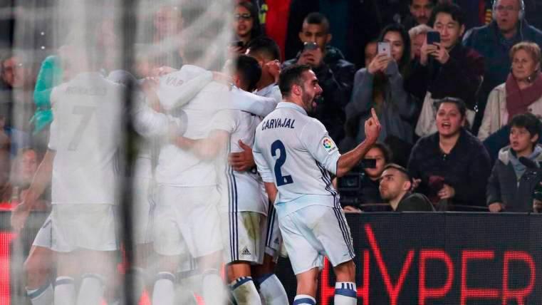 Dani Carvajal le sacó una peineta al Camp Nou tras el empate del Madrid al Barça