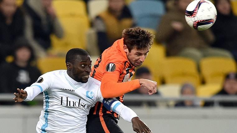Darijo Srna en un partido del Shakhtar frente al Gent en Europa League