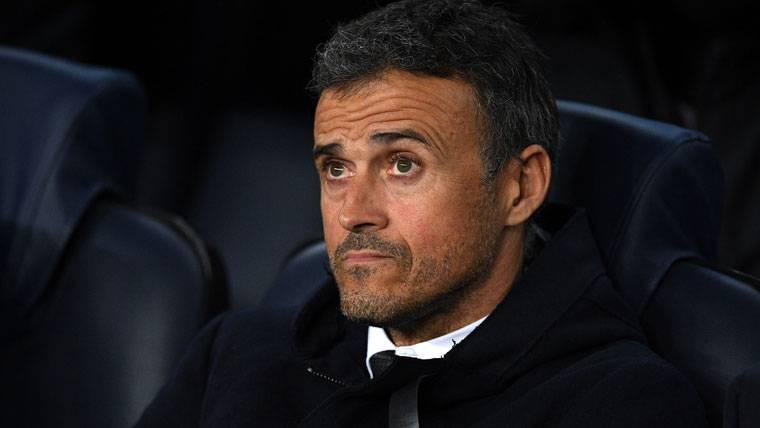 """El centro del campo del FC Barcelona sigue sin """"cabeza"""""""