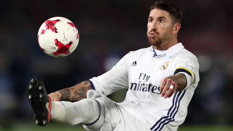 Ridícula excusa del árbitro que no expulsó a Ramos en el Mundial