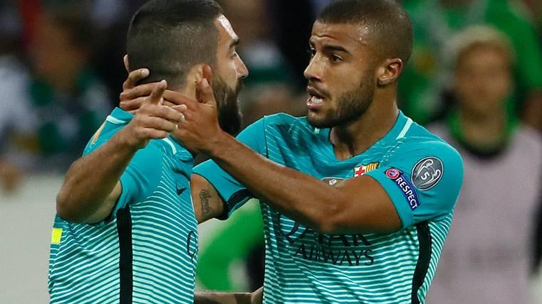 El Barça se agarra a Arda y Rafinha ante la baja de la MSN