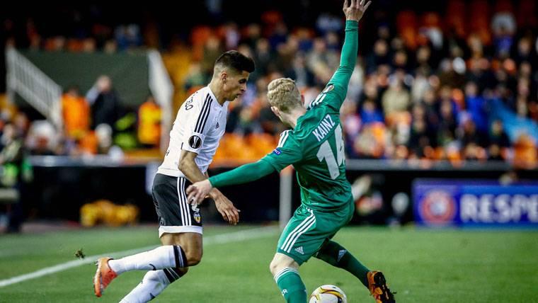 El Valencia, con recambio para cuando Cancelo vaya al Barça