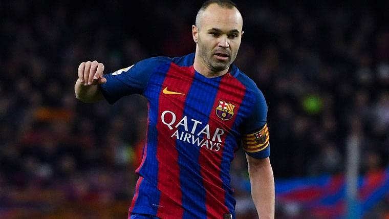 El pesar de Jorge Sampaoli con Iniesta y el Balón de Oro