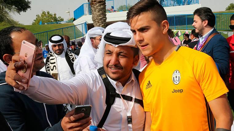 La Juventus habría descartado el interés del Barça por Dybala
