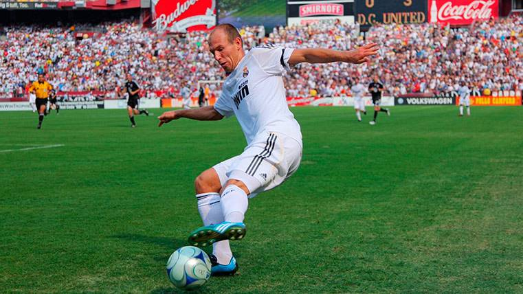 """Arjen Robben """"raja"""" de Florentino y de su salida del Madrid"""