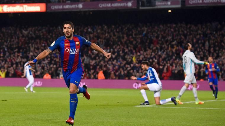 Luis Suárez, celebrando un gol marcado al RCD Espanyol
