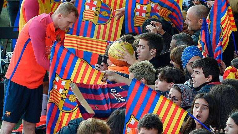 En Portugal insisten: Mathieu ha firmado por el Sporting