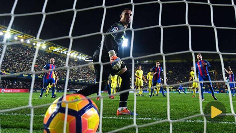 BRUTAL: Así fue el golazo de falta de Messi por la escuadra