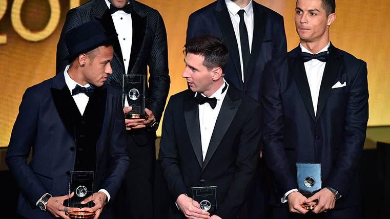 Neymar, Cristiano Ronaldo y Leo Messi, en la gala del Balón de Oro 2015