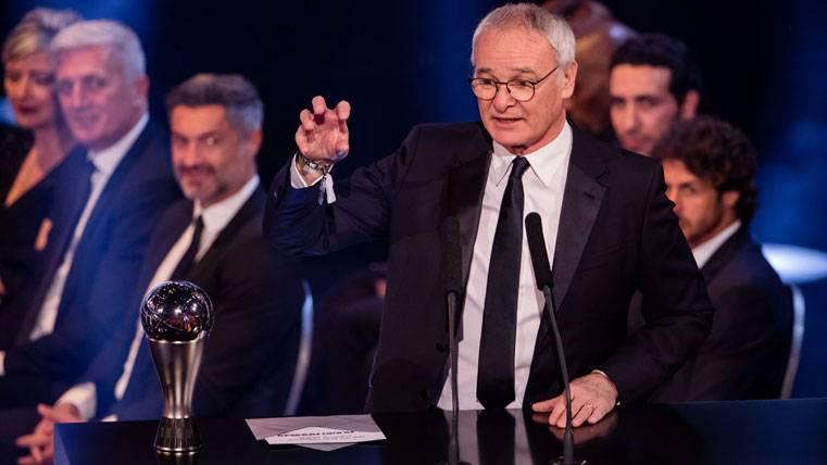 Claudio Ranieri, tras recibir el premio a Mejor Entrenador 2016