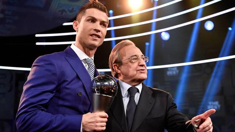 Cristiano Ronaldo y Florentino, tras la gala del FIFA The Best 2016