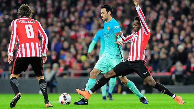 Iñaki Williams durante una jugada en el Athletic Club-Barça de Copa