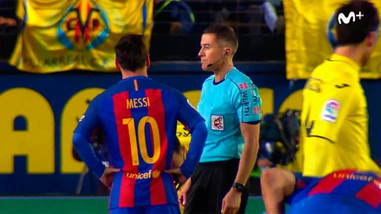 Leo Messi le pide explicaciones a Iglesia Villanueva