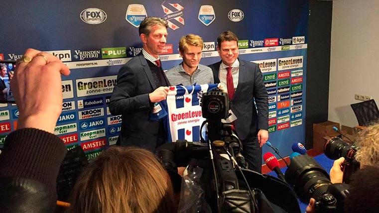 Martin Odegaard fue presentado como jugador del Heerenveen
