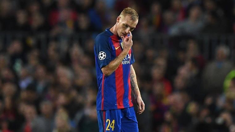 Jeremy Mathieu, en sus peores momentos en el FC Barcelona