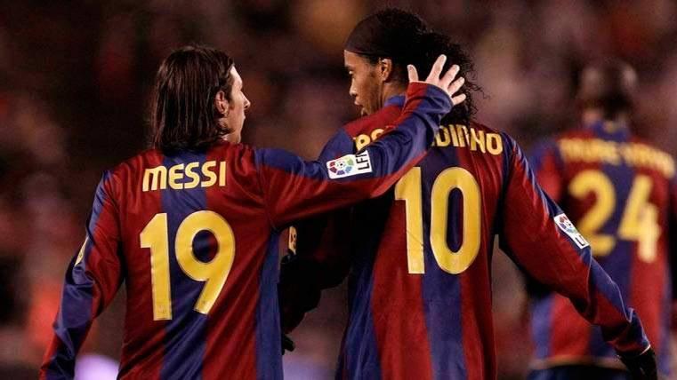 Ronaldinho recuerda cómo conoció a Messi con una carta
