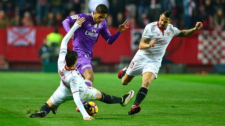 BOMBA: ¡El Sevilla gana al Madrid y el Barça, a 2 puntos del líder!