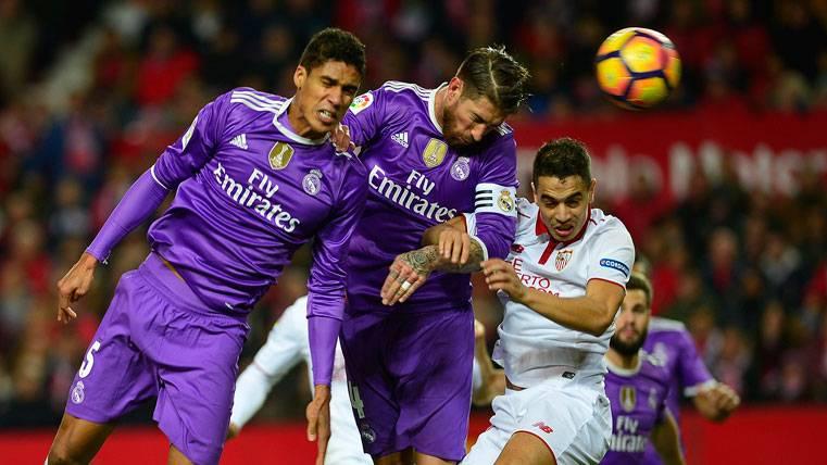 Sevilla acabó aplaudiendo a Ramos... ¡Tras un gol en propia!