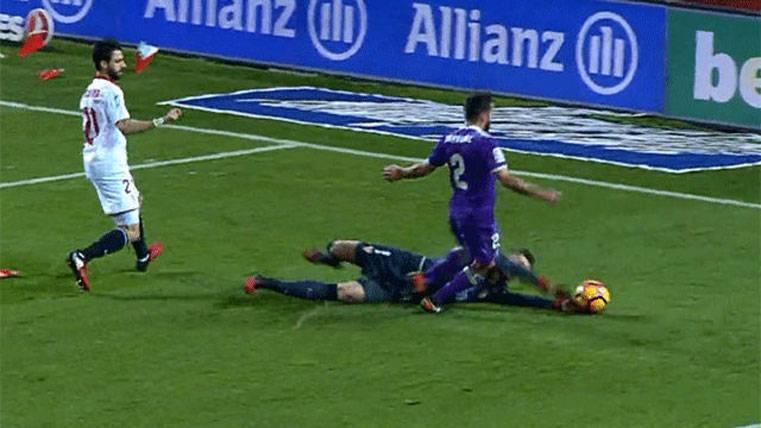 ¿Regaló el árbitro un penalti al Real Madrid en Sevilla?