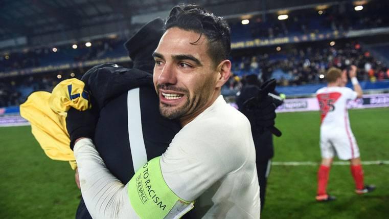 ¿Mejoraría Falcao la aportación de Alcácer en el Barça?