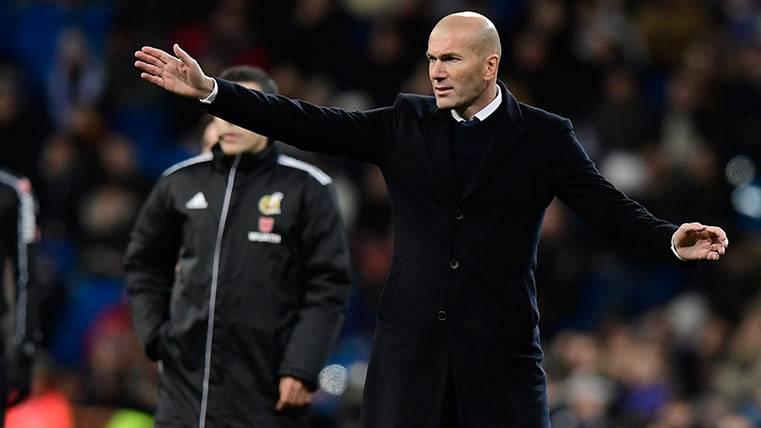 """Rajada"" del extécnico del Castilla contra Zidane"