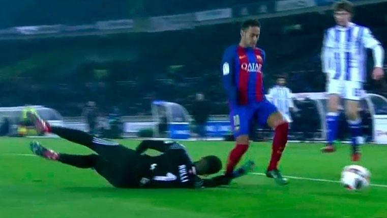 Doble penalti a Suárez y Neymar que González González no pitó