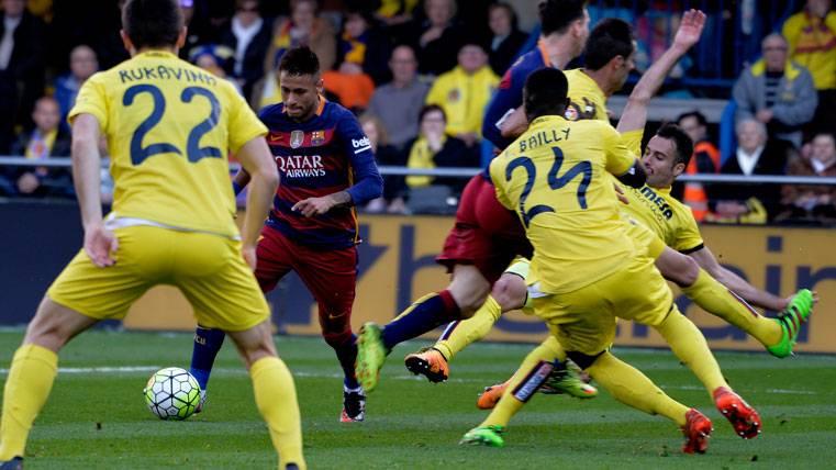 El árbitro del Eibar-Barça perjudicó a los culés en Villarreal