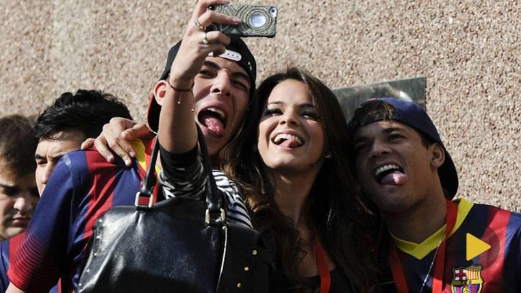 La divertida escena de Neymar y su novia que se ha hecho viral
