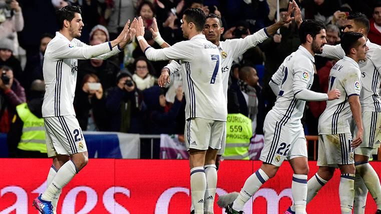 El Madrid no falló ante la Real Sociedad y se pone a cuatro
