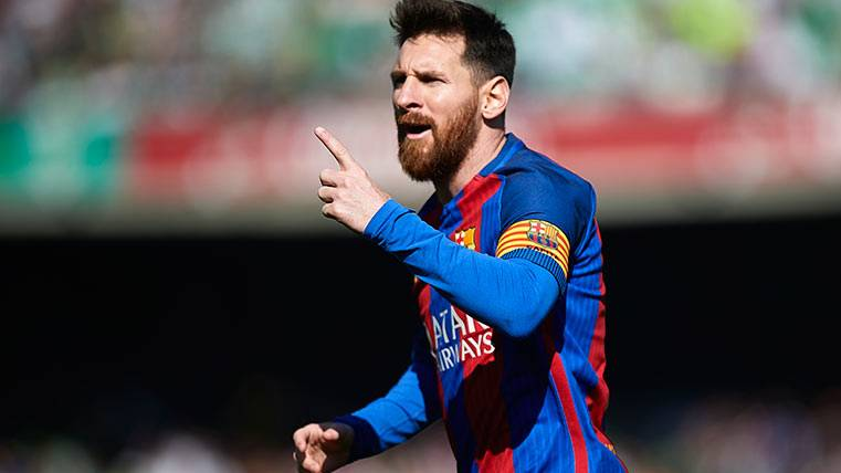 """""""Leo Messi hace seis meses que ha renovado con el Barça"""""""