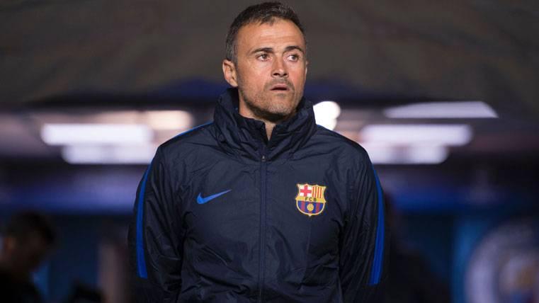 Luis Enrique insiste en la necesidad de que el Barça fiche
