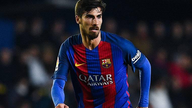 André Gomes sigue sembrando la duda en el Camp Nou