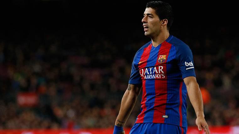 Luis Suárez, muy enfadado tras su roja en el Barça-Atlético