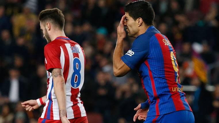Luis Suárez acabó expulsado en el Barça-Atleti