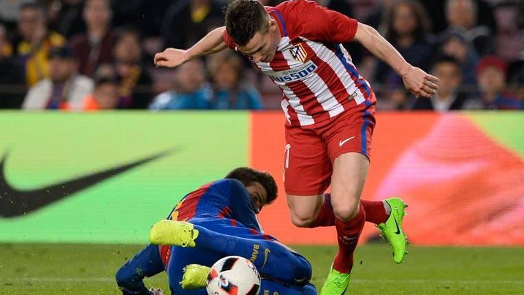 El penalti de Gerard Piqué a Gameiro también fue riguroso