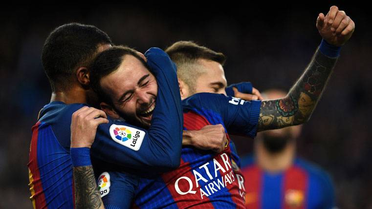 DESLIZ: Cómica situación de Aleix Vidal en el Barça-Atlético