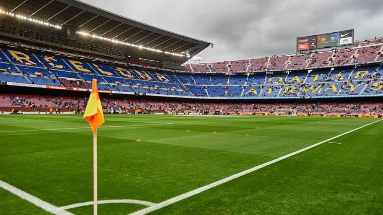 El Camp Nou, desierto antes de un partido del FC Barcelona
