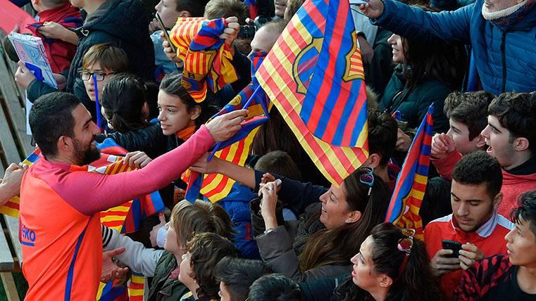Arda Turan, en un entreno del FC Barcelona este 2017
