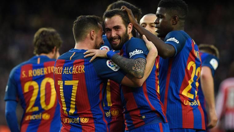 Luis Enrique admite que el Barça puede fichar a un lateral