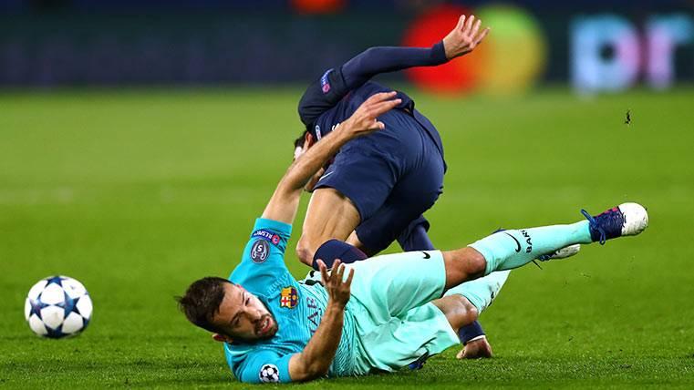 Jordi Alba, durante un acción en el PSG-FC Barcelona