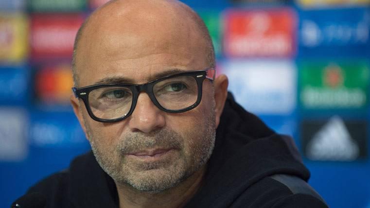Jorge Sampaoli, durante una rueda de prensa con el Sevilla FC