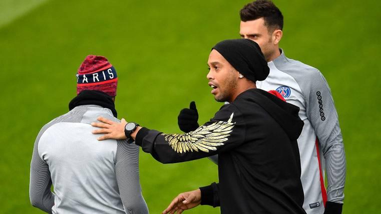 Esto piensa Ronaldinho sobre la remontada del Barça-PSG