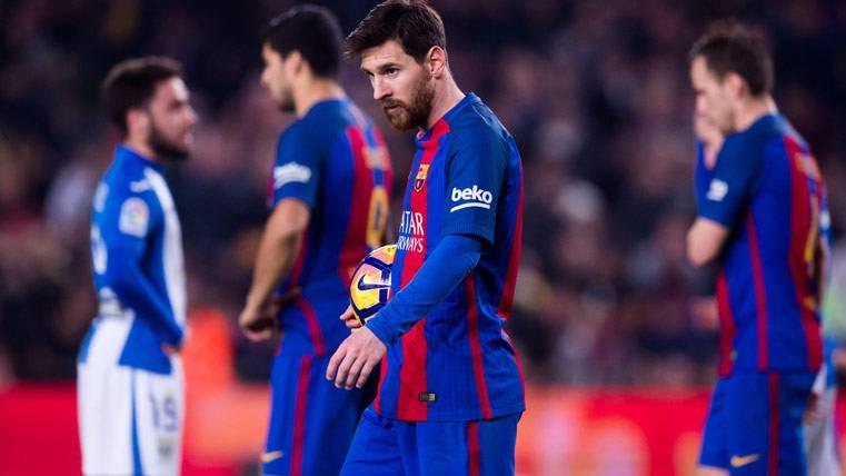 Supuesto malestar de Messi por los pitos del Camp Nou