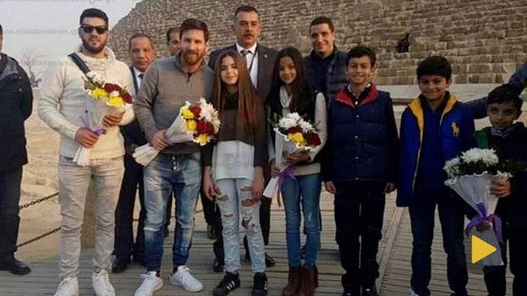 Leo Messi llegó a Egipto con honores de Jefe de Estado
