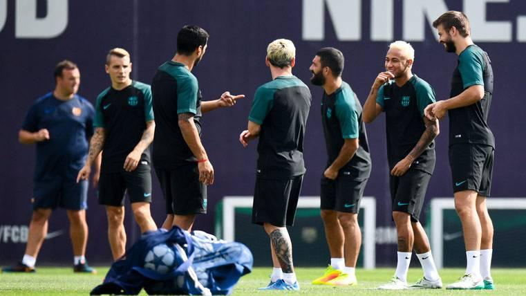 GRACIAS: El regalo del Madrid mejora el ánimo en el Barça